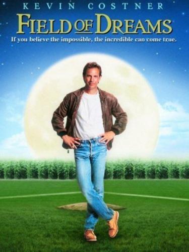 Как называется фильм, где был фермер, у которого на поле появлялись бейсболисты и играли?