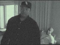 """Клип чернокожих рэперов, песня примечательна тем, что в ней постоянно повторяется слово """"саб"""" (как часть музыки). Клип крутили в кружке"""